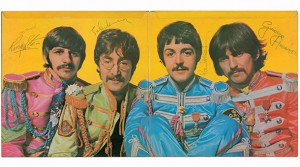 Beatles - Sgt._Pepper's_Lonely_Hearts_Club_Band (Autographed)